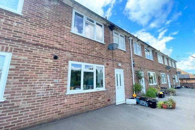 3 bed maisonette for sale in Rances Lane, Wokingham, Berkshire RG40