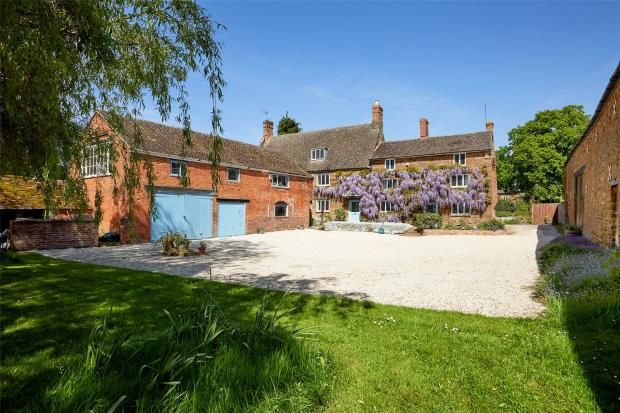 Thumbnail Detached house for sale in Overthorpe, Nr Banbury, Oxfordshire