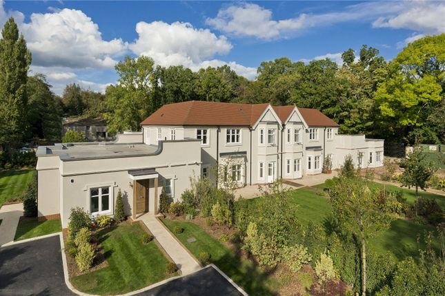 2 bed flat for sale in Sunningdale Villa, London Road, Sunningdale, Berkshire SL5