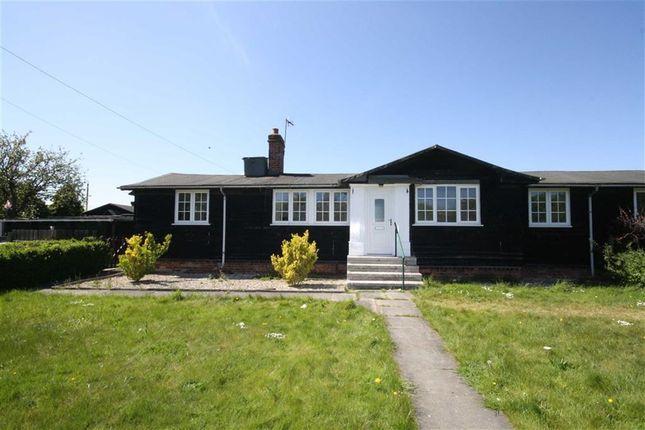 Thumbnail Bungalow to rent in Gibson Lane, Melton