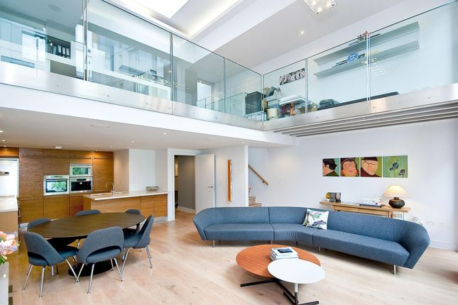 Thumbnail Terraced house to rent in Brewery Square, London