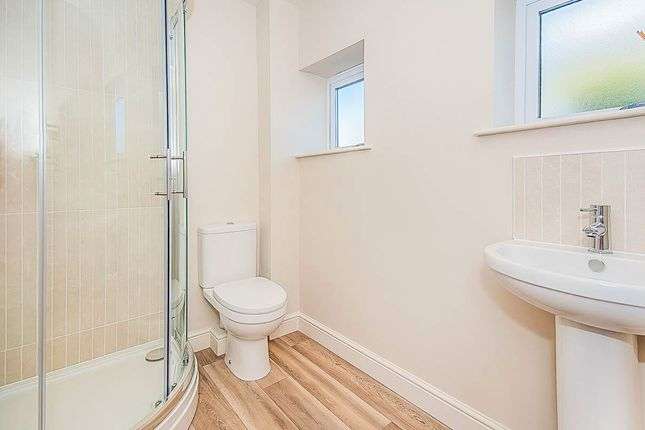 Thumbnail Flat for sale in Grange Drive, Spalding
