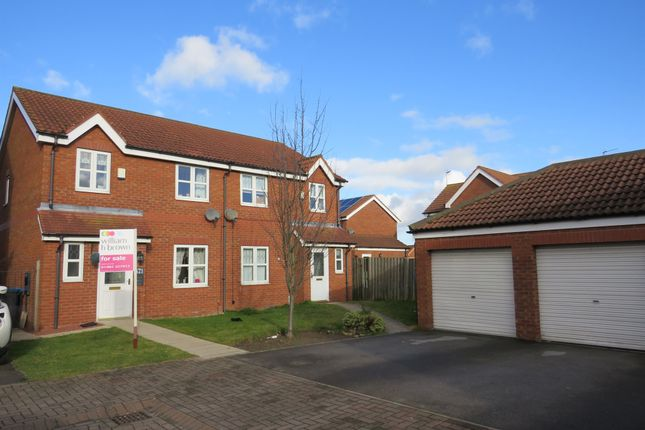 Thumbnail Semi-detached house for sale in Easter Wood Close, Bransholme, Hull