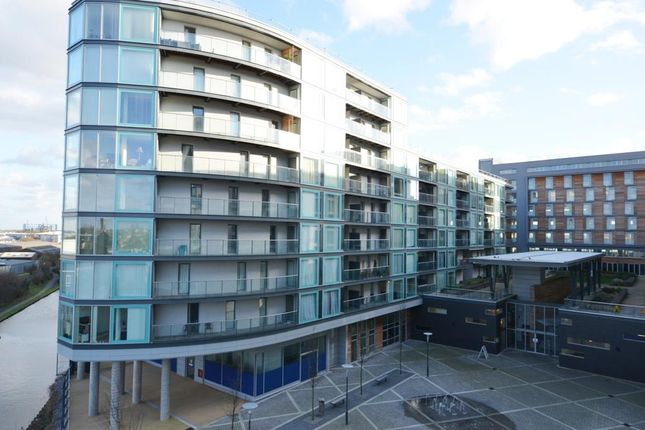 Thumbnail Flat to rent in Vantage Building, Station Approach, Hayes