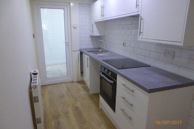 Flat to rent in Upper Church Road, Weston-Super-Mare