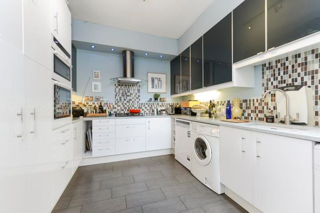 Thumbnail Terraced house to rent in Elthorne Avenue, London