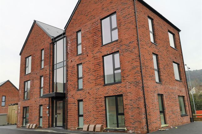 1 bed flat for sale in Millers House, Weavers Place, Langdon Road, Marina, Swsnsea SA1