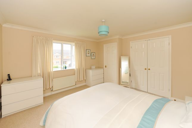 Bedroom1 of Acorn Ridge, Walton, Chesterfield S42