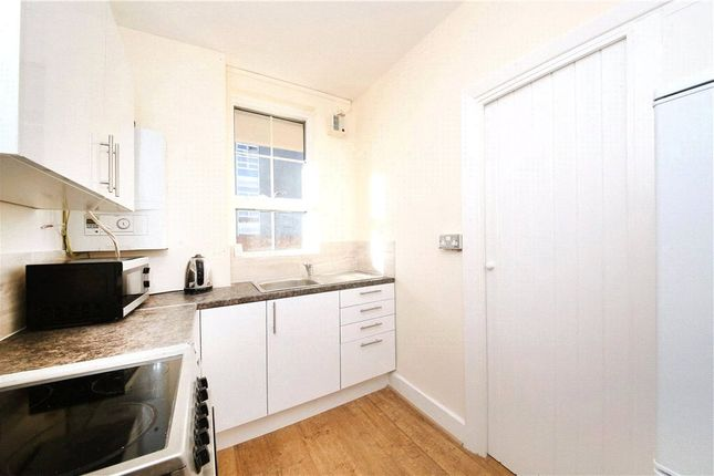Thumbnail Property to rent in Black Prince Road, London