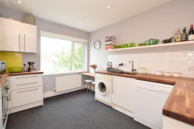 Thumbnail Maisonette for sale in New England Road, Brighton, East Sussex