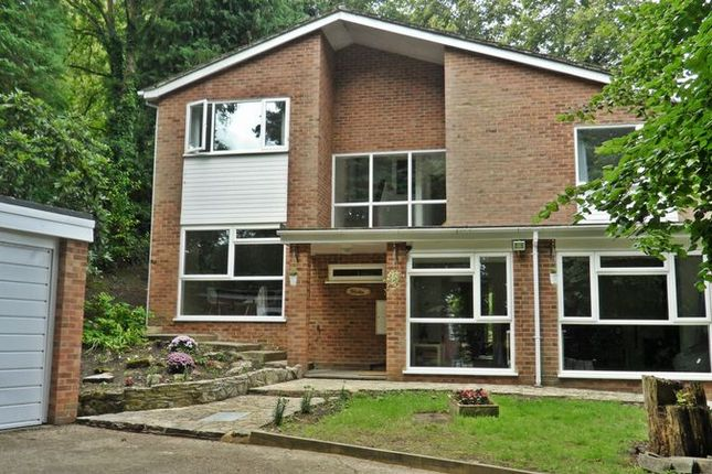 Thumbnail Detached house to rent in Pantiles Close, Woking