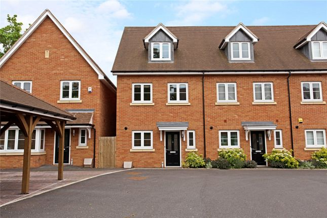 Thumbnail Semi-detached house for sale in Meyers Close, Langley