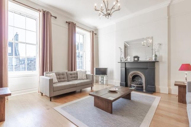 Thumbnail Flat to rent in North Castle Street, New Town, Edinburgh