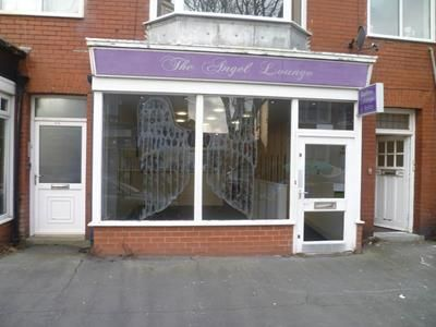 Retail premises to let in 17 Alexandria Drive, St Annes, Lytham St Annes