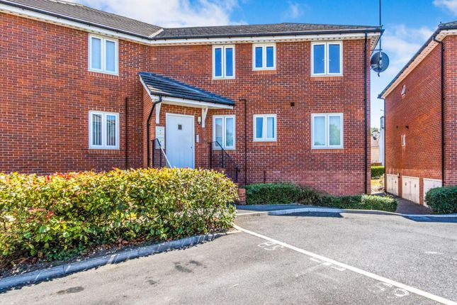 Thumbnail Flat to rent in Cambrai Close, Portsmouth