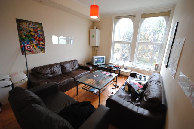 Terraced house to rent in 37 St Michaels Road, Headingley