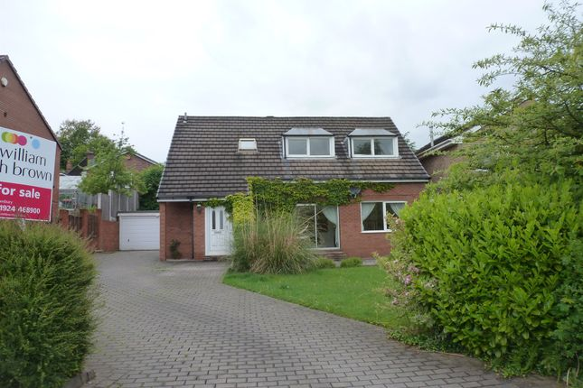 Thumbnail Detached house for sale in Shill Bank View, Mirfield