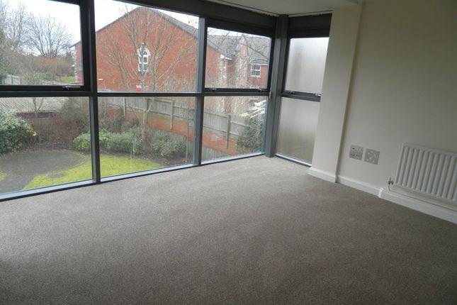 Thumbnail Flat to rent in Penn Road, Wolverhampton