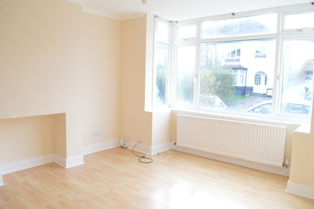 3 bed semi-detached house to rent in Sutton Road, St Albans AL1