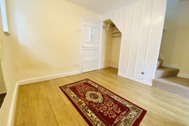 Picture No. 18 of Ramblers Cottage, Bucks Hill, Kings Langley, Hertfordshire WD4