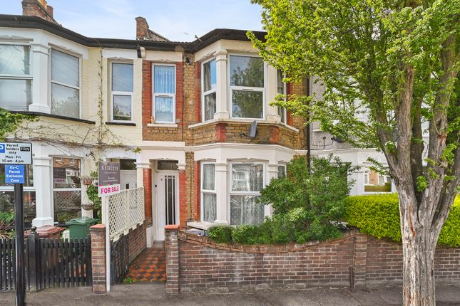 2 bed flat for sale in St. Johns Road, London E17