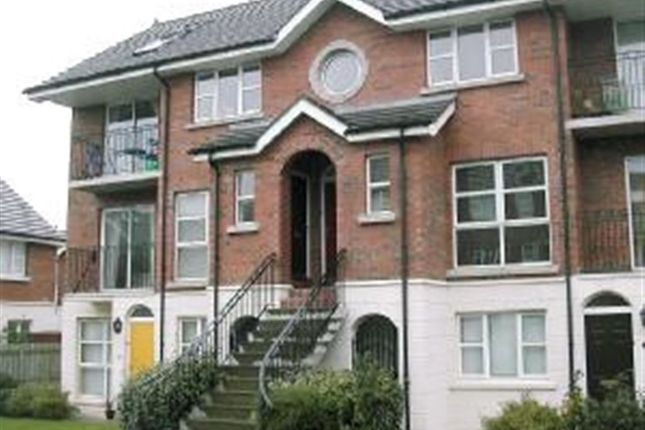 Thumbnail Flat to rent in Ardenlee Crescent, Ravenhill, Belfast