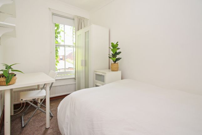 Thumbnail Terraced house to rent in St. Pauls Terrace, Canterbury