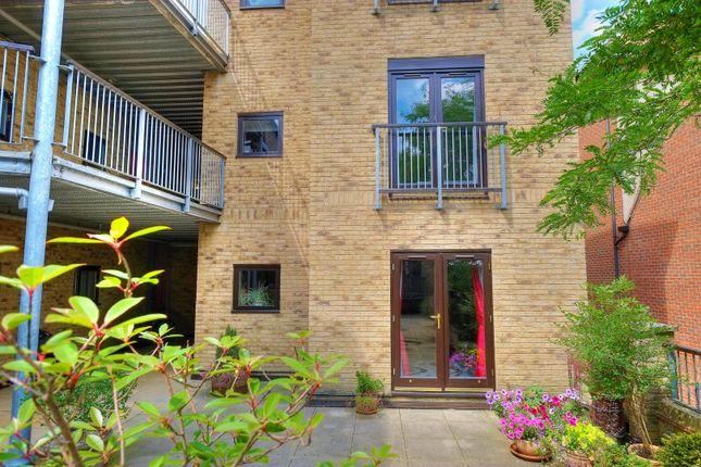 Thumbnail Maisonette for sale in Scoles Green, Norwich