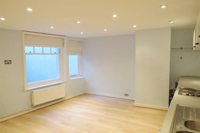 Living Room of Lansdowne Place, Hove BN3