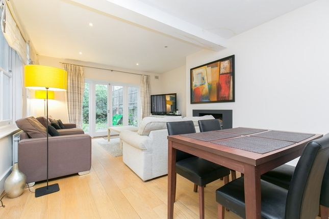 3 bed flat to rent in Lavender Gardens, London