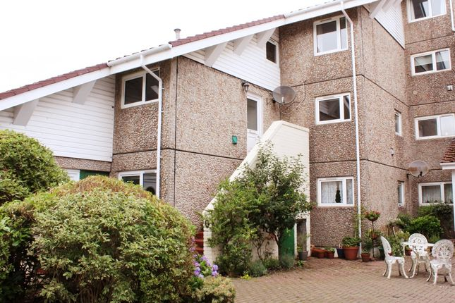Thumbnail Maisonette to rent in Fairhaven, Kirn, Dunoon, Dunoon
