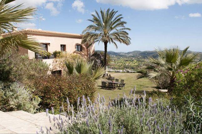 Thumbnail Villa for sale in Santa Eulària Des Riu, Ibiza, Santa Eulalia Del Río, Ibiza, Balearic Islands, Spain