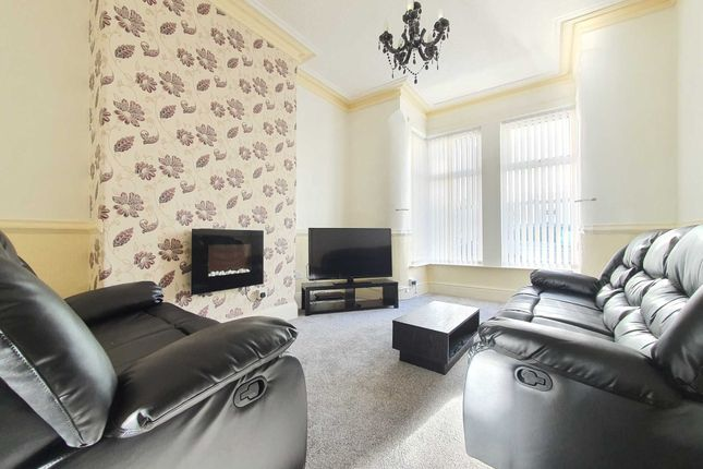 Thumbnail Flat to rent in Crystal Road, Blackpool