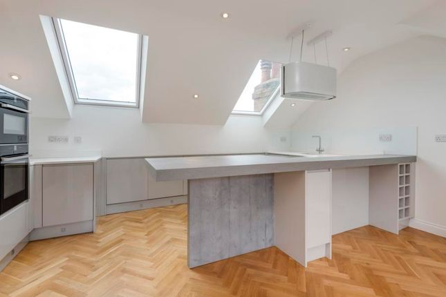 Thumbnail Flat to rent in Sarre Road, West Hampstead