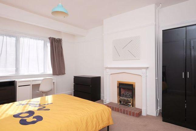 Bedroom 1 of Lower Bevendean Avenue, Brighton BN2