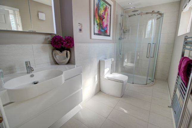 Ensuite of Houghton Close, Northwich CW9