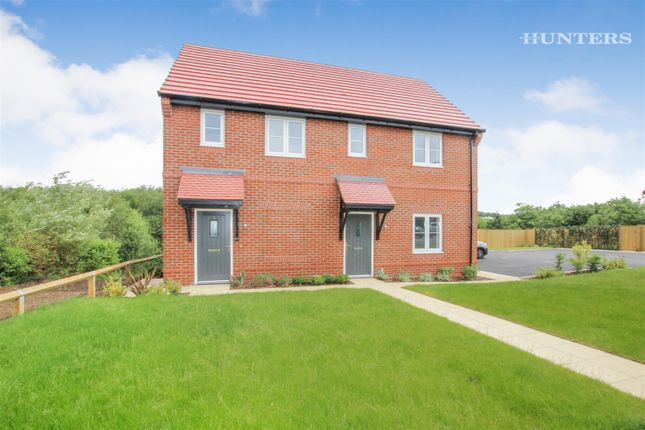 Thumbnail Flat to rent in Essington Way, Brindley Village, Stoke On Trent