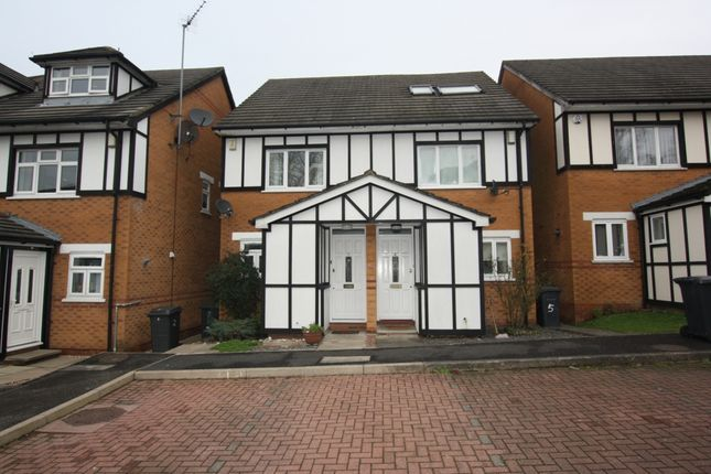 4 bed terraced house to rent in Rickard Close, Hendon