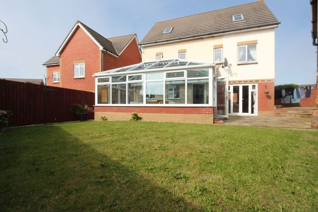 Thumbnail Detached house for sale in Clos Yr Wylan, Barry