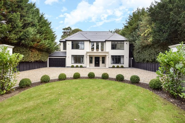 Thumbnail Detached house to rent in Westerham Road, Keston