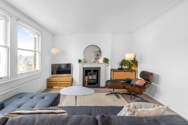Thumbnail Flat for sale in Mercers Road, Tufnell Park