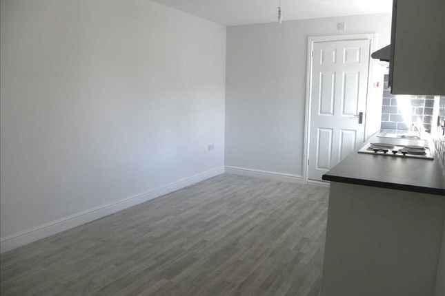 Thumbnail Studio to rent in Chalvey Road West, Slough