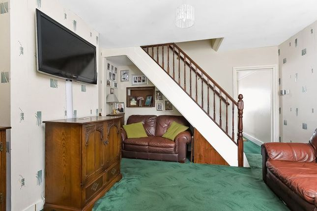 Reception Two of Cray Road, Sidcup DA14