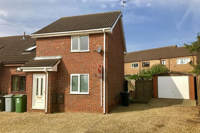 Thumbnail Town house for sale in Bramblewood Close, Gonerby Hill Foot, Grantham