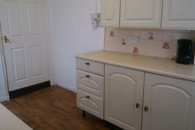 Thumbnail Terraced house to rent in Ffynnongroew Rd, Rhyl, Denbighshire