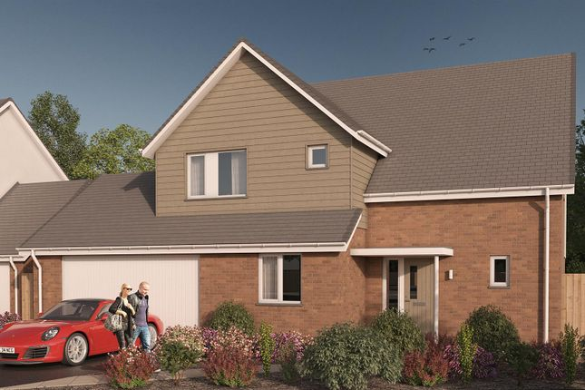 4 bedroom detached house for sale in Highgrove, Roundswell, Barnstaple