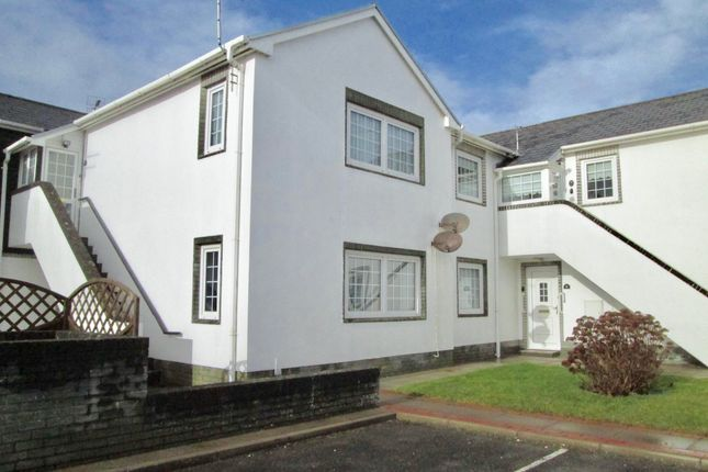 Thumbnail Flat to rent in Highfield Court, Highfield Avenue, Porthcawl