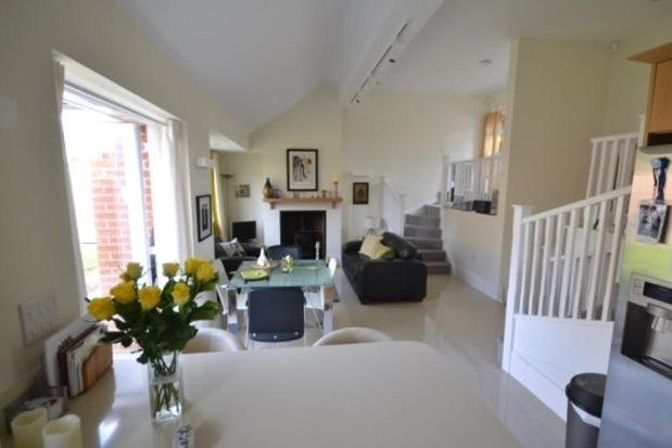 Thumbnail Property to rent in Roman Wharf, Chichester