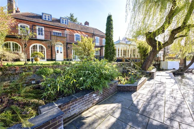 Thumbnail Semi-detached house for sale in Temple, Marlow, Berkshire