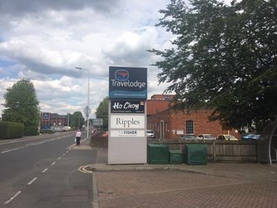 Photo of 51 London Road, Newbury, West Berkshire RG14